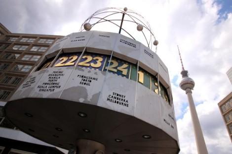 reloj-mundial-alexanderplatz-1-600x400